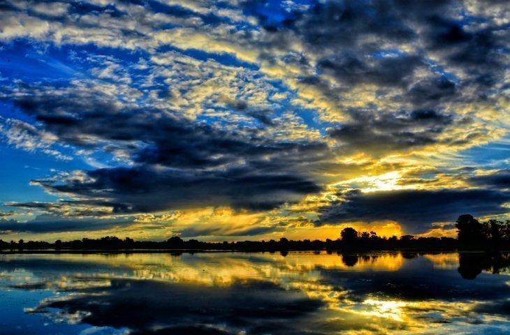 laguna clouds dark